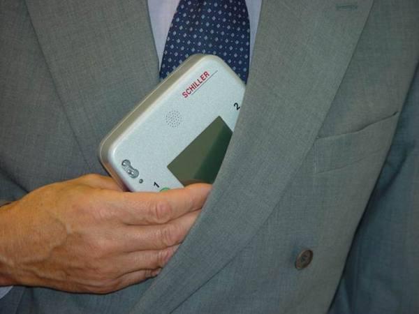 SCHILLER FRED easyport AED Defibrillator